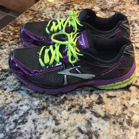 6b6f506b0b5 Brooks Shoes - Brooks raven tennis shoe